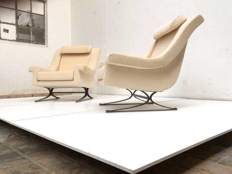 Italian Superb 'Grand Prix' Lounge Set in Mohair by Sculptor Maurice Calka, Arflex, 1960 For Sale