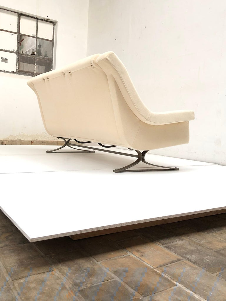 Mid-20th Century Superb 'Grand Prix' Lounge Set in Mohair by Sculptor Maurice Calka, Arflex, 1960 For Sale