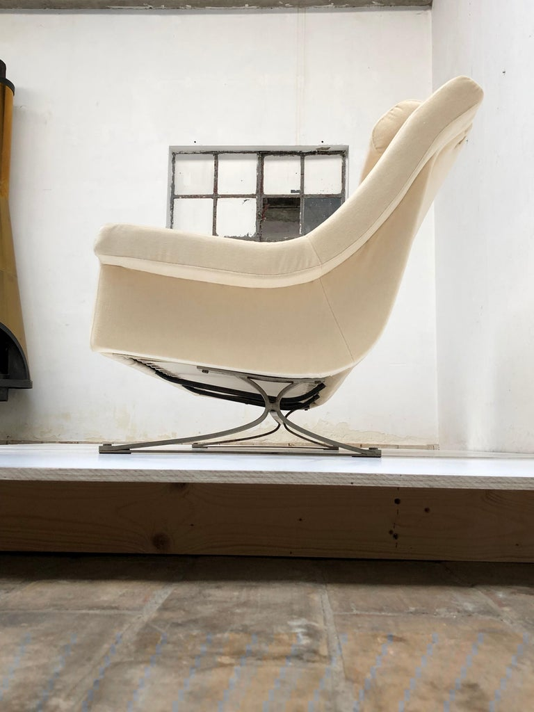 Superb 'Grand Prix' Lounge Set in Mohair by Sculptor Maurice Calka, Arflex, 1960 For Sale 1