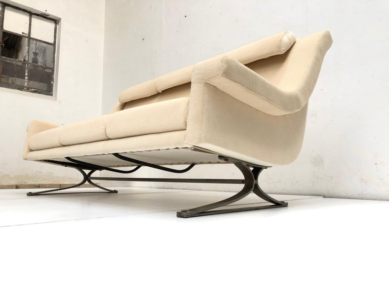 Superb 'Grand Prix' Lounge Set in Mohair by Sculptor Maurice Calka, Arflex, 1960 For Sale 2