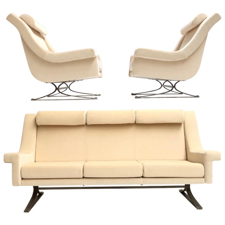 Superb 'Grand Prix' Lounge Set in Mohair by Sculptor Maurice Calka, Arflex, 1960 For Sale