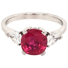Superb Gubelin Ring with a 2.35 Carat Untreated Burmese Ruby and Diamonds
