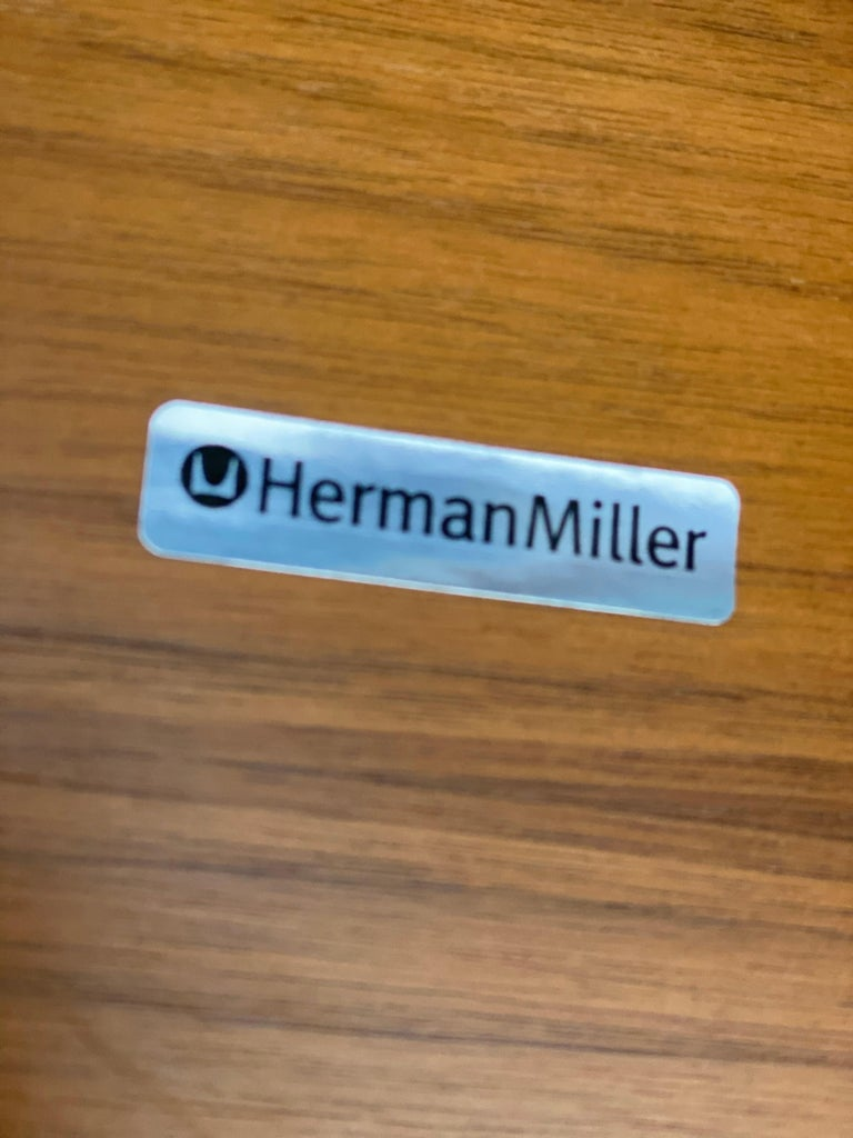 Superb Herman Miller Eames Lounge Chair and Ottoman 3