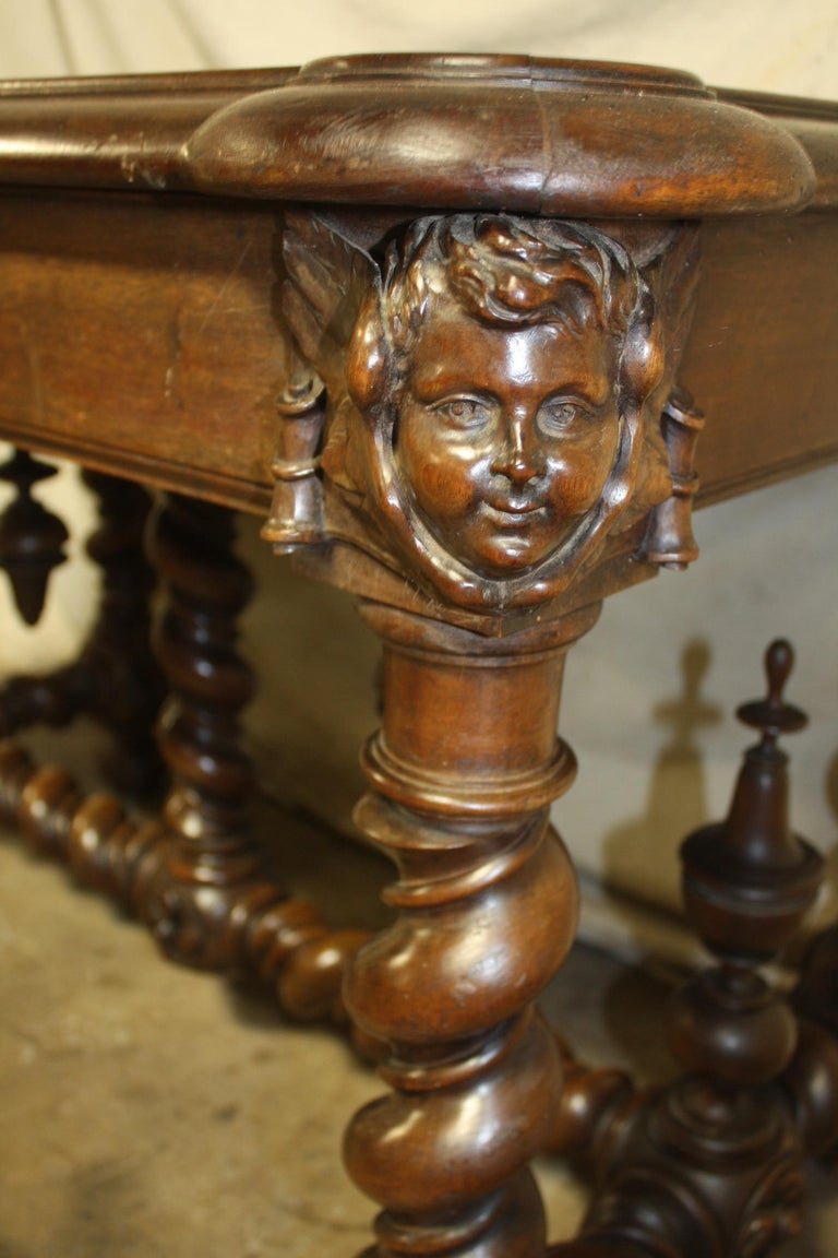 Superb Italian 18th Century Writing Table For Sale 11