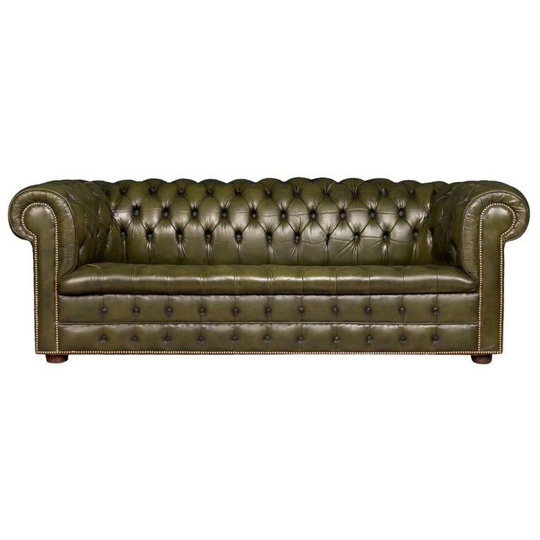 Superb Mid-20th Century Green Chesterfield Leather Sofa with Button Down  Seat