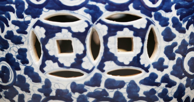 Superb Pair of Blue and White Cantonese Garden Seats In Good Condition For Sale In West Palm Beach, FL