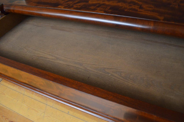 Mid-19th Century Superb Quality William IV Mahogany Sideboard For Sale