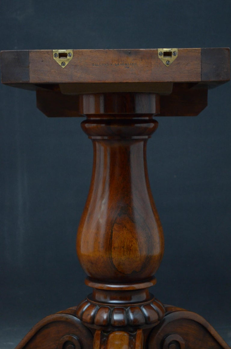 Superb Rosewood Centre Table, Stamped Gillows For Sale 8