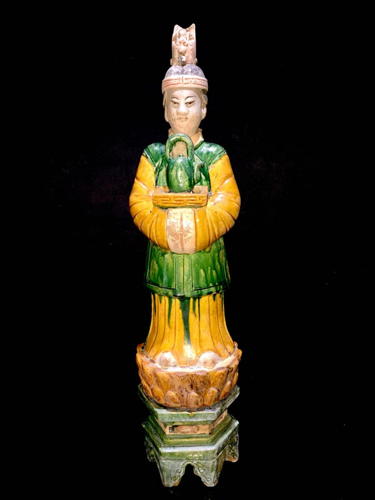 Glazed Superb Set of 5 Elegant Court Attendants, Ming Dynasty, 1368-1644 AD  TL Tested For Sale