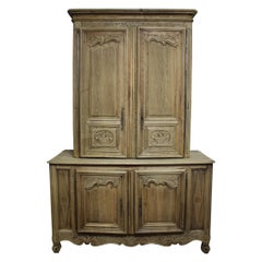 """Superbe 18th Century French Cabinet """"Deux-Corps"""""""