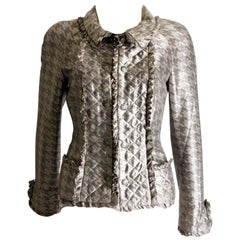 Superbe Chanel METIERS D'ART Quilted Silk Jacket Blazer with Ruffles