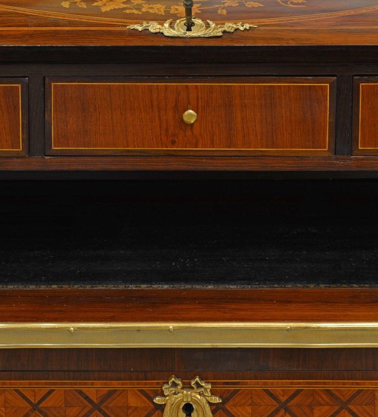 Superior 19th Century French Louis XVI Style Parquetry/Marquetry Cylinder Desk For Sale 6