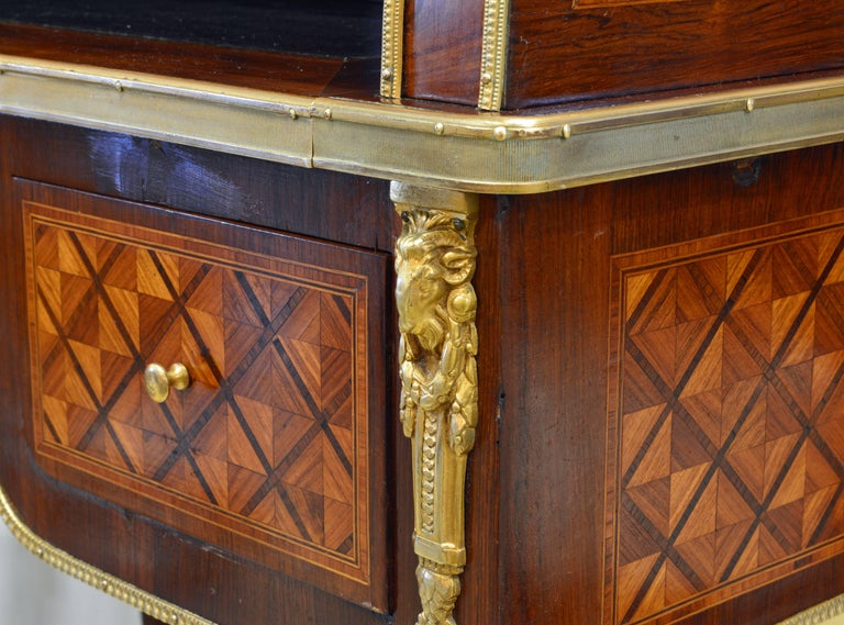 Superior 19th Century French Louis XVI Style Parquetry/Marquetry Cylinder Desk For Sale 11