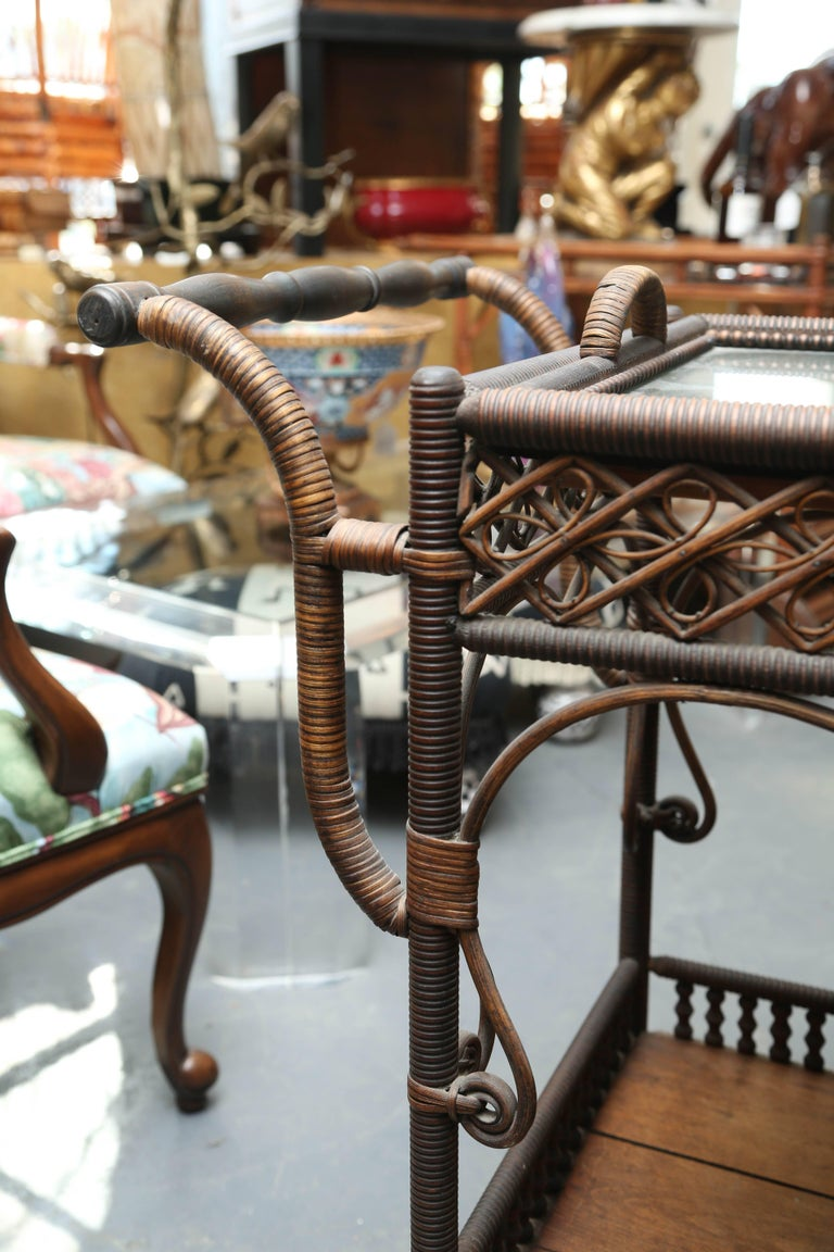 Superior Antique Wicker Bar / Tea Cart In Good Condition For Sale In West Palm Beach, FL