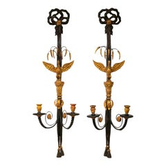 Superior Pair of Midcentury Italian Carved Gilt Wood and Ebonized Wall Sconces