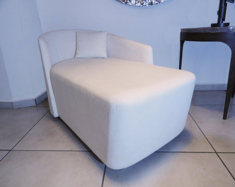 Spanish Supernatural Chaise Lounge Sofa Chair by Jorge Pensi For Sale