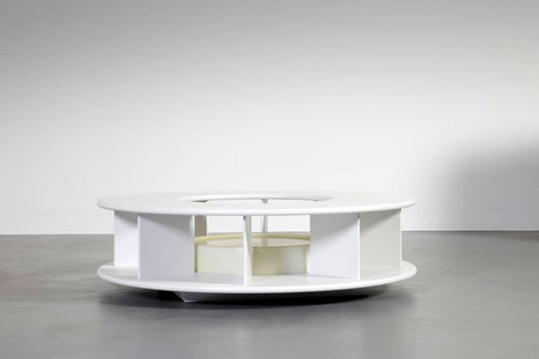 Post-Modern Superstudio Baazar Round White Table with Light for Giovannetti, Italy, 1968 For Sale