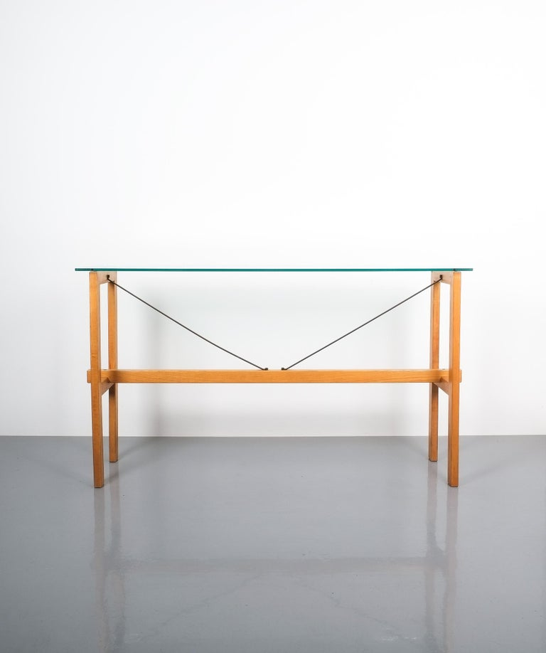 Rare Superstudio console table wood and glass Zanotta, Italy, circa 1980. Minimalistic and large 57
