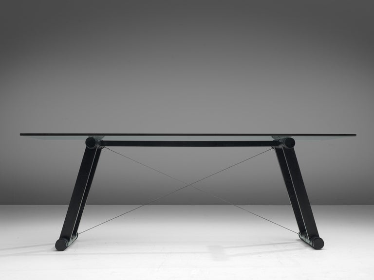 Superstudio Dining Table 'Teso' with Glass Top and Metal Base In Good Condition For Sale In Waalwijk, NL