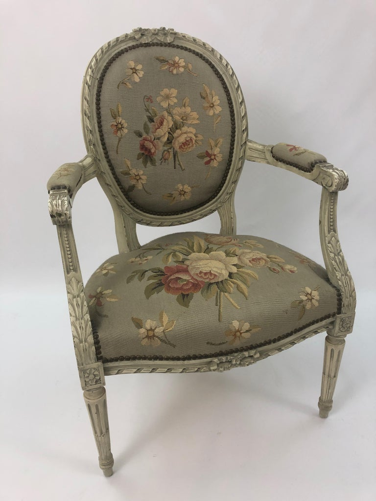 Supremely Pretty Louis XVI Style French Fauteuil Armchair For Sale 11