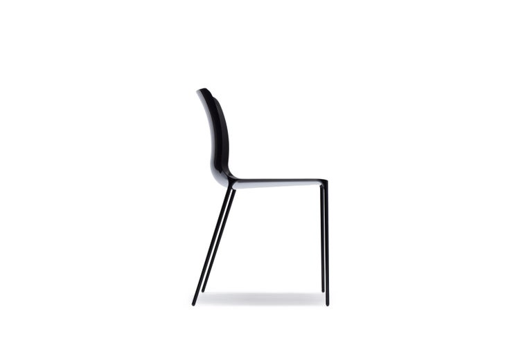 Two Royal Designers for Industry, one from the world of furniture design, and one from the world of Formula 1 racing car design collaborated. With an almost impossibly thin profile, the Surface chair is made from carbon fibre, using cutting-edge