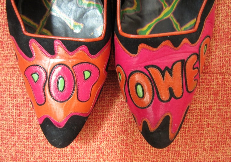 Susan Bennis Warren Edwards POP POWER Leather Suede Pump Shoes Pop Art  In Good Condition For Sale In Wallkill, NY