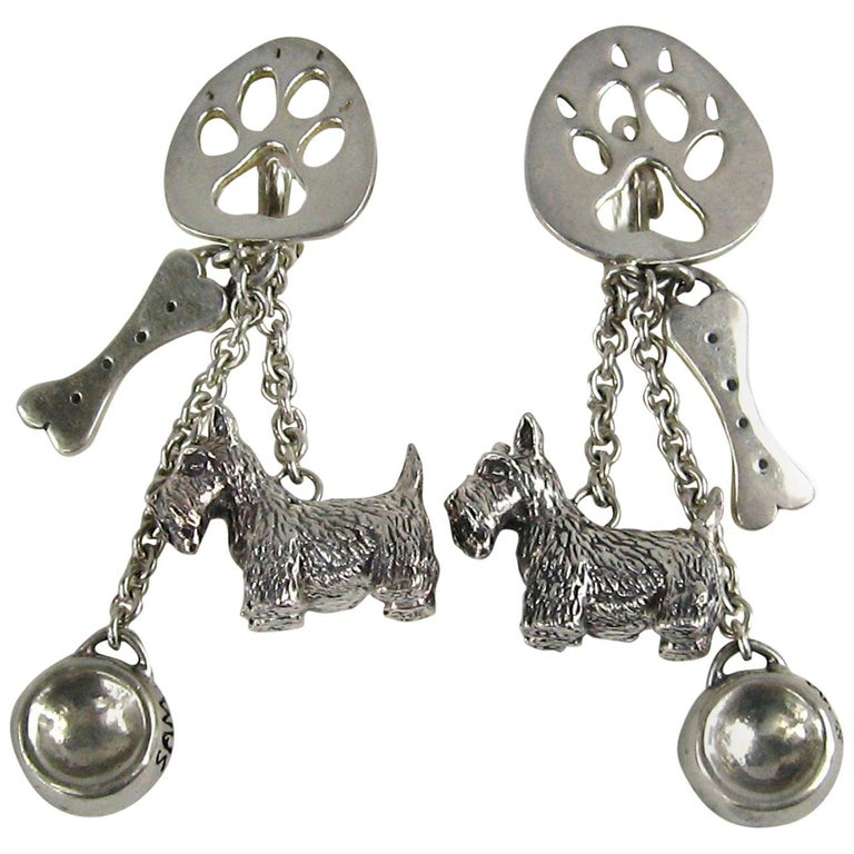 Susan Cummings Sterling Silver Dog Bone Dish Dangle earrings New, Never WORN  For Sale