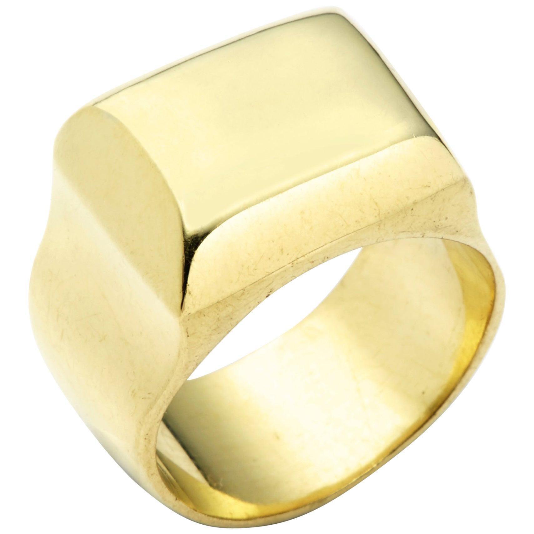 Susan Lister Locke The Greek Signet Ring in 18 Karat Gold