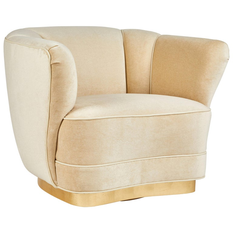 Sutton Place Swiveling Club Chair by Dragonette Private Label For Sale