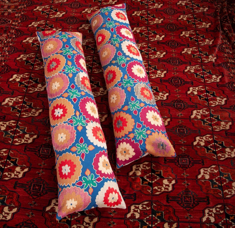 Suzani Lumbar Pillow Cases, Uzbekistan, Mid-20th Century For Sale 4