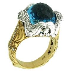 Suzy Levian 18K Two-Tone White & Yellow Gold Cabochon-Cut London Blue Topaz Ring