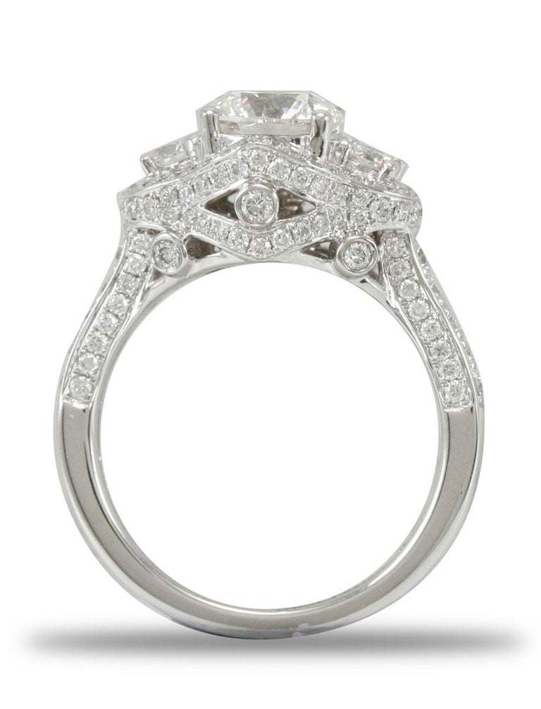 Contemporary Suzy Levian 18 Karat White Gold Round Diamond Engagement Ring For Sale