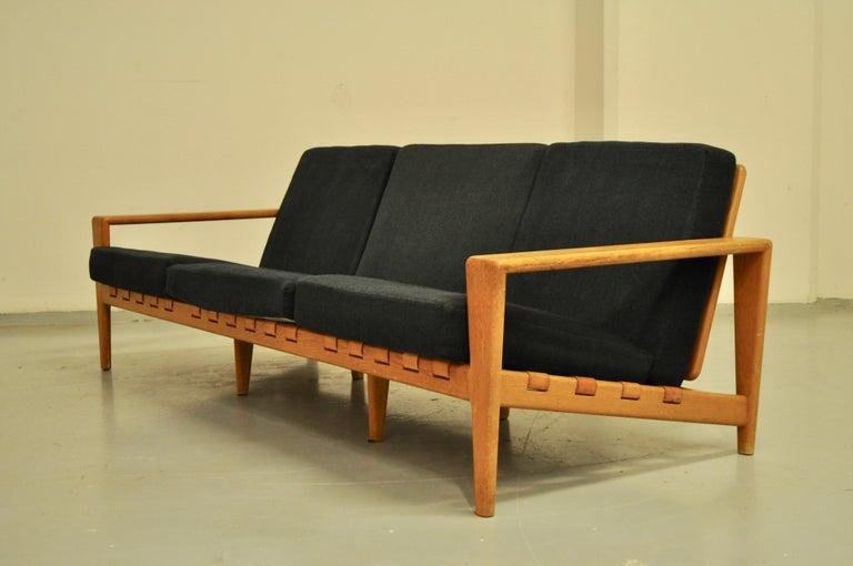 Svante Skogh sofa leather structure, 1950, Bodö model designed by Svante Skogh for Seffle, 1950s. Navy blue original fabric in good condition.