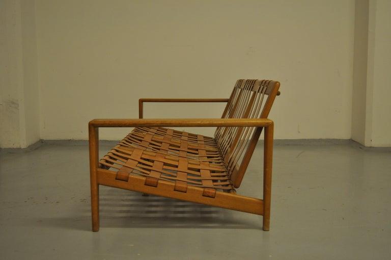 Svante Skogh Sofa Leather Structure, 1950 For Sale 3
