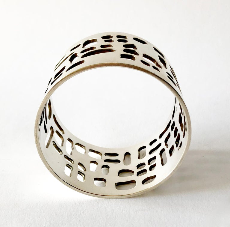 Sven Haugaard Sterling Silver Danish Modernist Bangle Cuff Bracelet In Good Condition For Sale In Los Angeles, CA