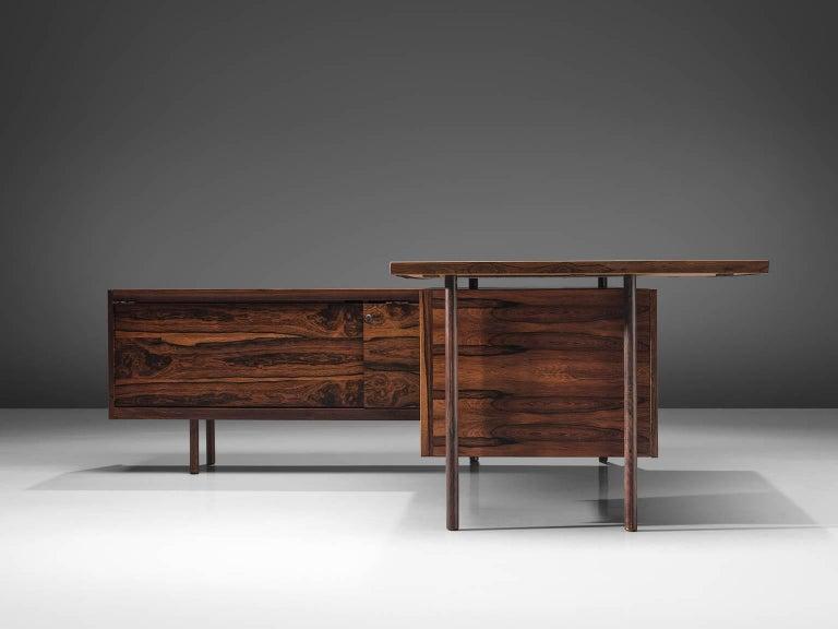 Norwegian Sven Ivar Disten Restored Corner Desk in Leather and Rosewood For Sale