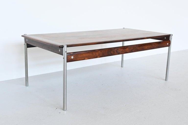 Scandinavian Modern Sven Ivar Dysthe Model 1001 Rosewood Coffee Table Dokka Mobler, Norway, 1959 For Sale
