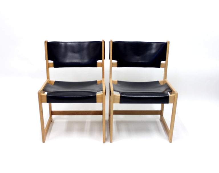 Sven Kai Larsen Chairs for Nordiska Kompaniet, Set of 2 In Good Condition For Sale In Uppsala, SE