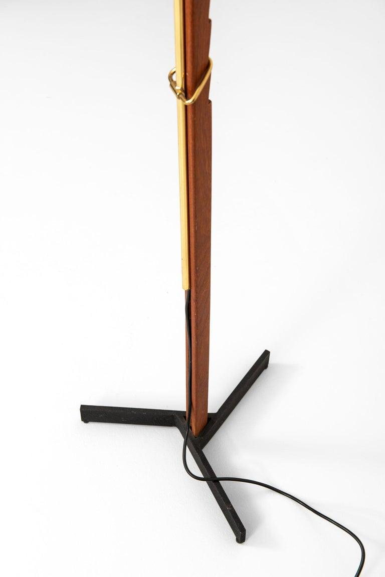 Brass Svend Aage Holm Sørensen Floor Lamp Produced by Holm Sørensen & Co in Denmark For Sale