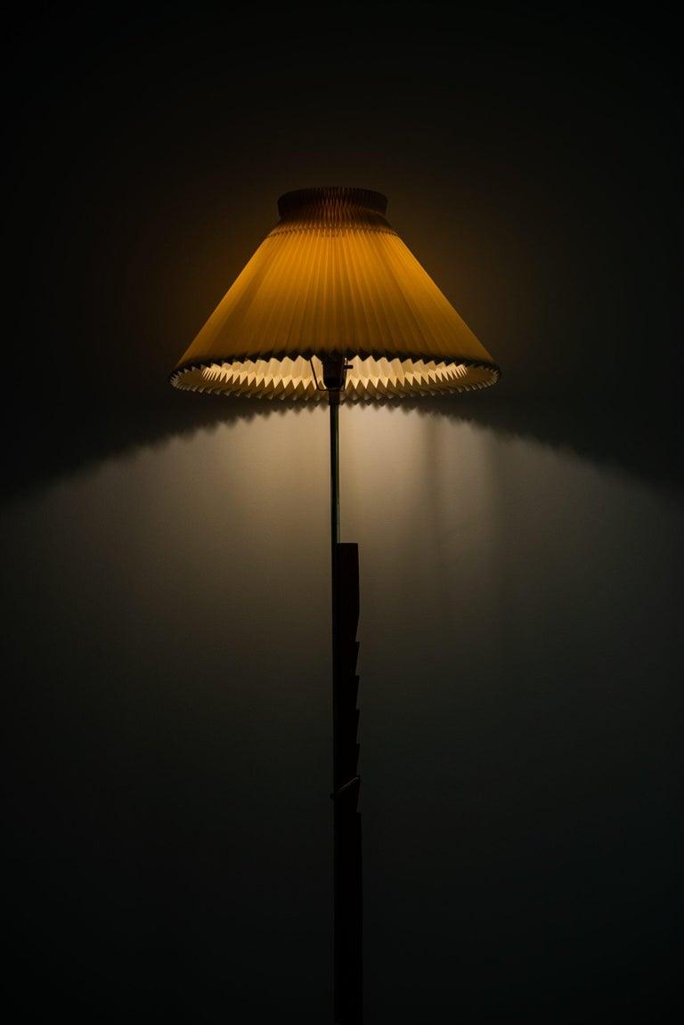 Svend Aage Holm Sørensen Floor Lamp Produced by Holm Sørensen & Co in Denmark For Sale 1