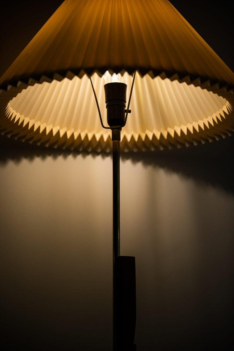 Svend Aage Holm Sørensen Floor Lamp Produced by Holm Sørensen & Co in Denmark For Sale 2
