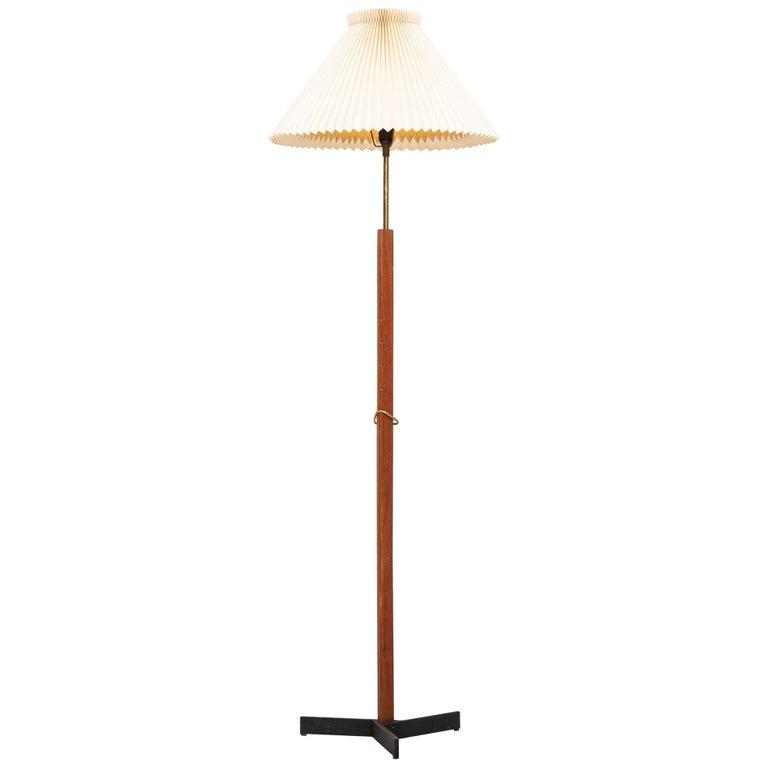 Svend Aage Holm Sørensen Floor Lamp Produced by Holm Sørensen & Co in Denmark For Sale