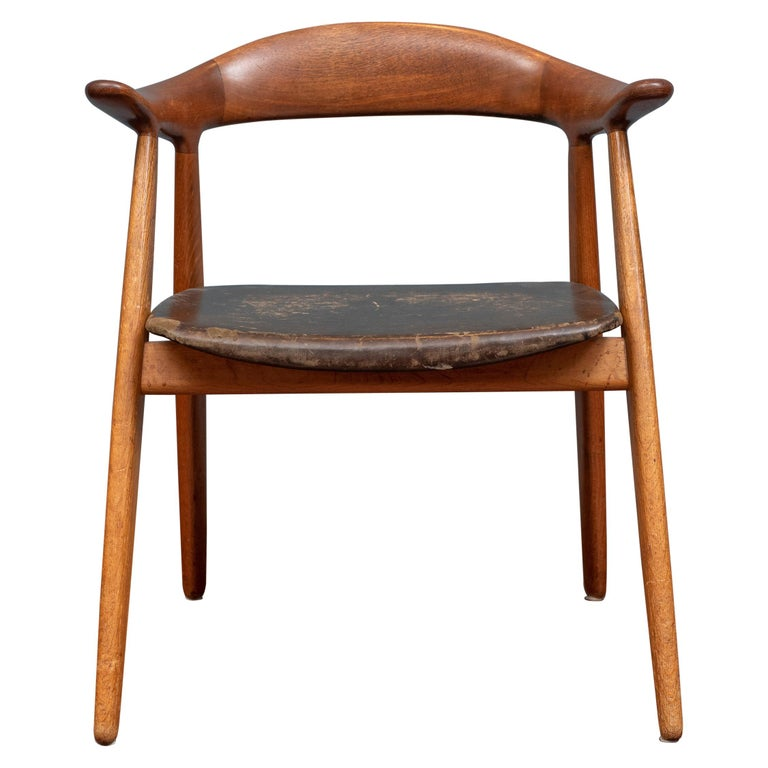 """Svend Aage Madsen """"Cowhorn"""" Armchair For Sale"""