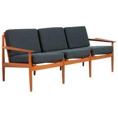 Svend Åge Eriksen Teak Sofa for Glostrup Møbelfabrik