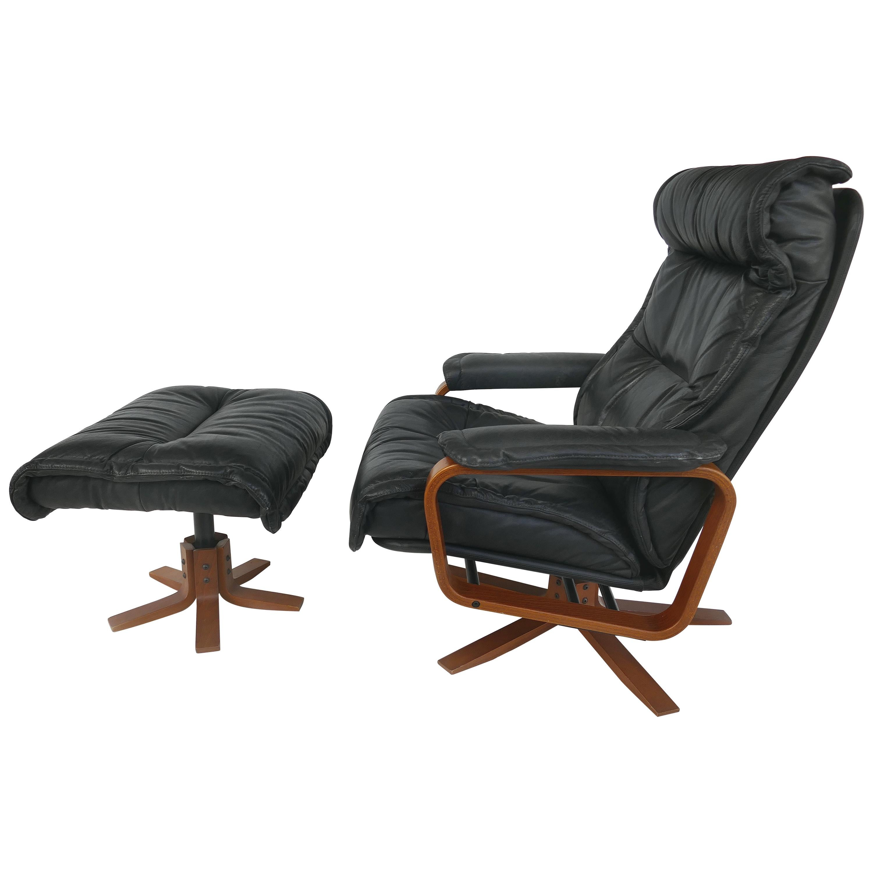 Svend Skipper for Skippers Mobler Reclining Armchair and Ottoman in Teak