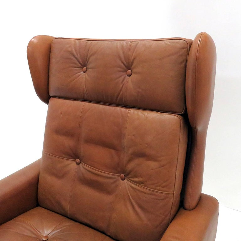 Svend Skipper Wingback Lounge Chair, 1960 In Good Condition For Sale In Los Angeles, CA