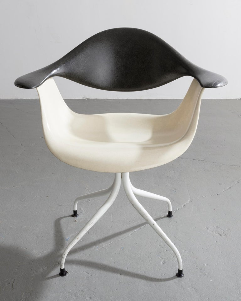 Modern Swaged Leg Chair in Gray and White by Georg Nelson & Associates, 1954 For Sale