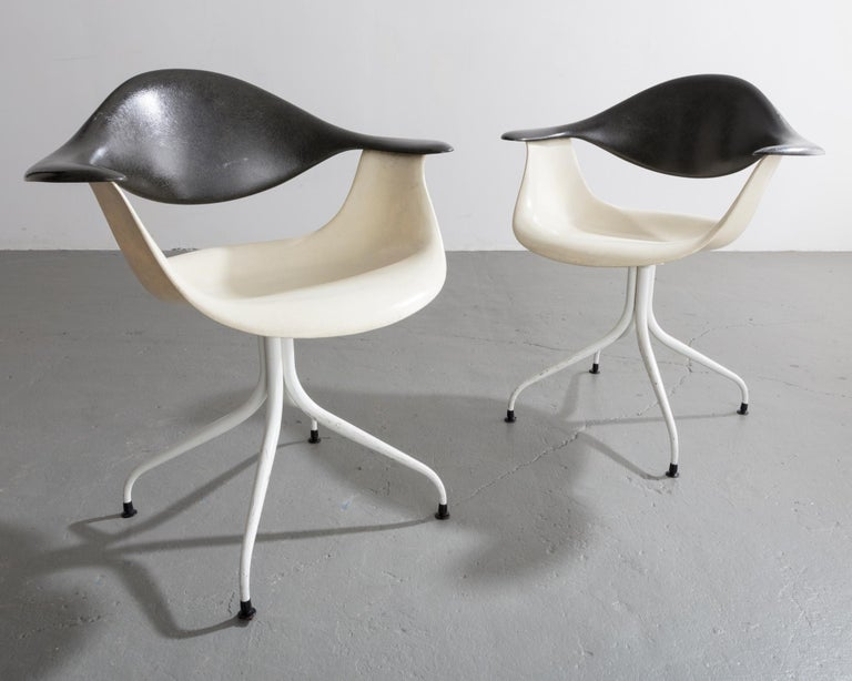 Swaged Leg Chair in Gray and White by Georg Nelson & Associates, 1954 For Sale 2