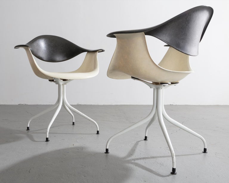 Swaged Leg Chair in Gray and White by Georg Nelson & Associates, 1954 For Sale 3