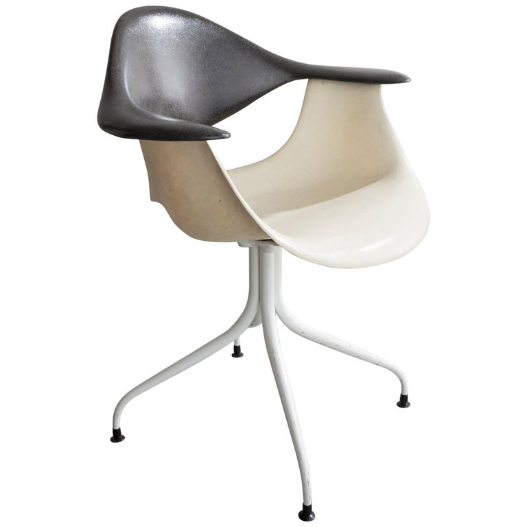 Swaged Leg Chair in Gray and White by Georg Nelson & Associates, 1954 For Sale